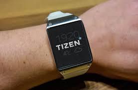 Samsung Galaxy Gear met Tizen