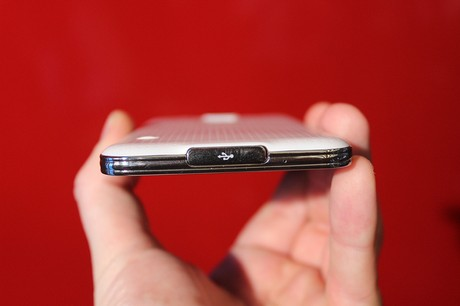 Samsung Galaxy S5 rand onderkant USB 3.0